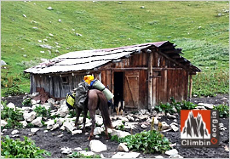 wooden house at mt tetrnuldi